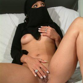 arabic-pussy-3