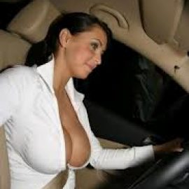 سكس ساخن في السيارة
